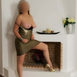 dreamgirls-escorts-milf-athens-penny-12-e1557799628154